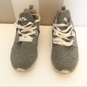 APL Ascend Propelium Grey & White Trainers Size 7
